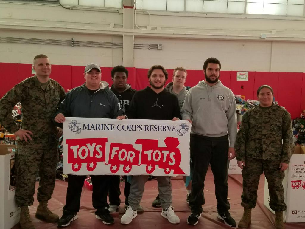 Toys For Tots Marines Wv : Ridley high school football